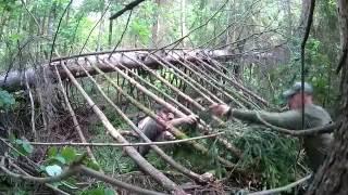Как построить шалаш в лесу(Руководство со дна по постройке шалаша в лесу., 2016-08-04T18:38:28.000Z)