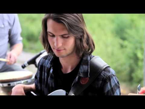 UPSTREAM // Alles singt (Acoustic Video)