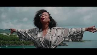 QUE MA COUPE DEBORDE clip Elysée
