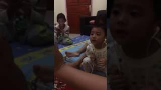 Bocah Batak Lucu Terbaru Nyanyi Lagu Ambon - Beta Mati Rasa