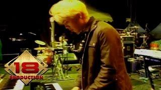 Opening Band - Bento (Live Konser Bandung 1 Februari 2014)