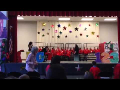 Preschool Graduation Stage Decoration Ideas