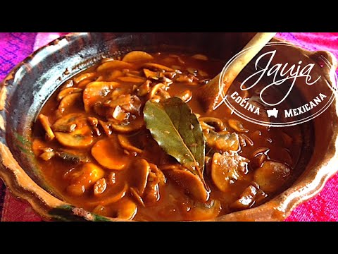 Sopa de Championes en Chiles Guajillo y Ancho  YouTube