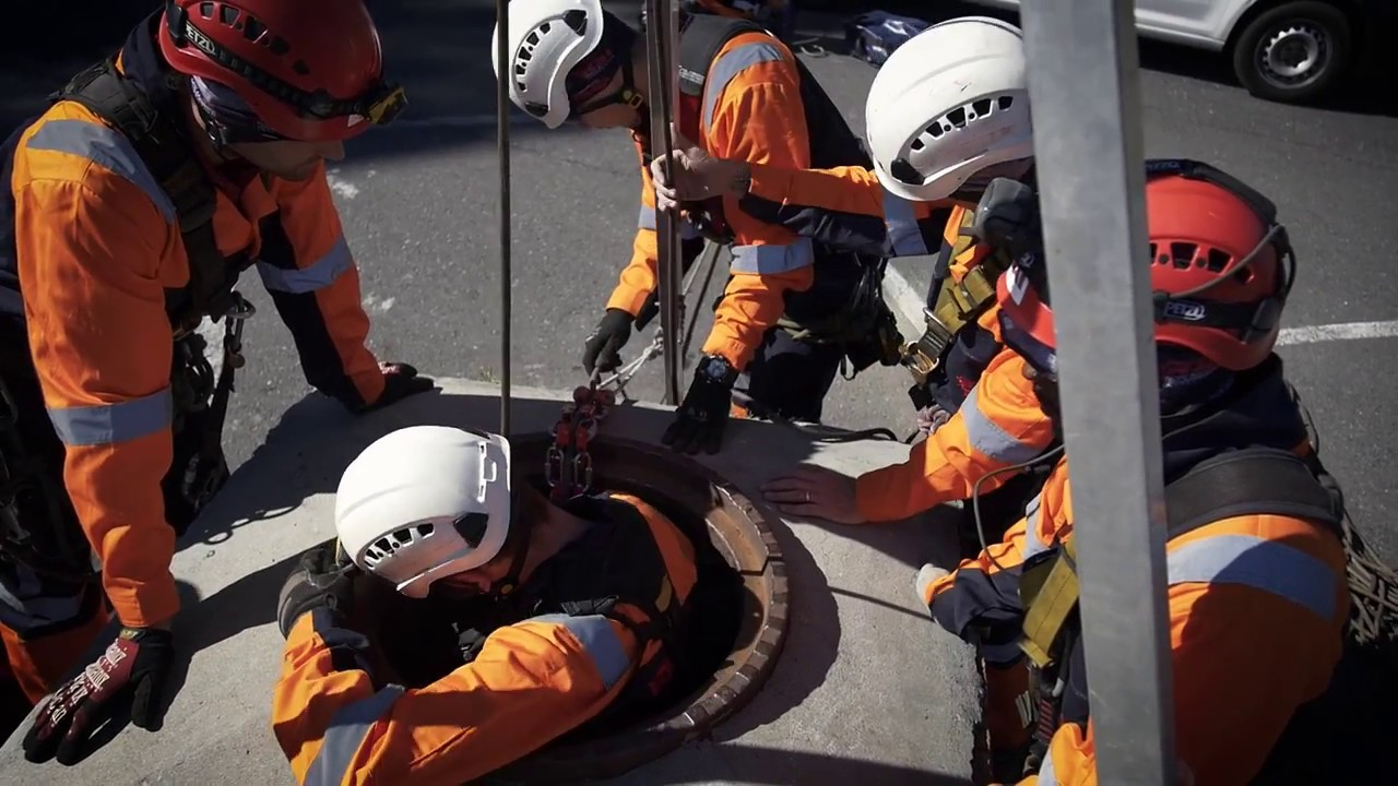Confined Space Entry & Rope Rescue Training - SAQA Aligned