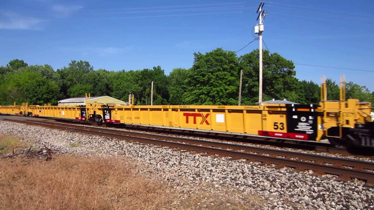 Cn 8015 And Cn 2711 Moving New Ttx Well Cars And Cai Covered Hoppers