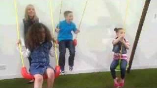 Toys R Us - Little Tikes Oslo Swing Set