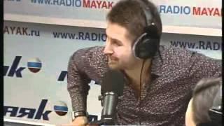 Семён Слепаков на радиостанции