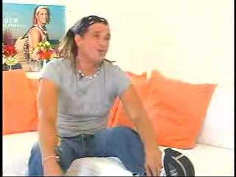 ALEX AGUIAR INTERVIEWS CARLOS VIVES