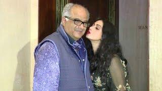 Sridevi KISSING Husband Boney Kapoor In Public
