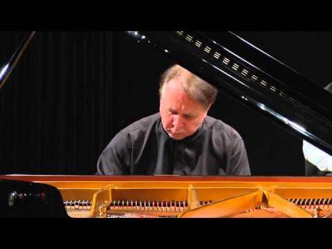Joseph Haydn - Piano Concerto No. 11 In D Major, Hob. XVIII/11 - Mikhail Pletnev