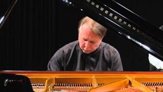 Joseph Haydn - Piano Concerto No. 11 in D major, Hob. XVIII/11 - Mikhail Pletnev