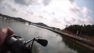 Video Redtackle.com - Guide to Batam Barelang Fishing Pond PART 2 download MP3, 3GP, MP4, WEBM, AVI, FLV Agustus 2018