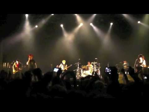 My Chemical Romance - House Of Wolves @Helsinki 20.3.2011