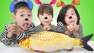 The Three Little Kittens Nursery Rhyme song for kids By Superhero Kids #2