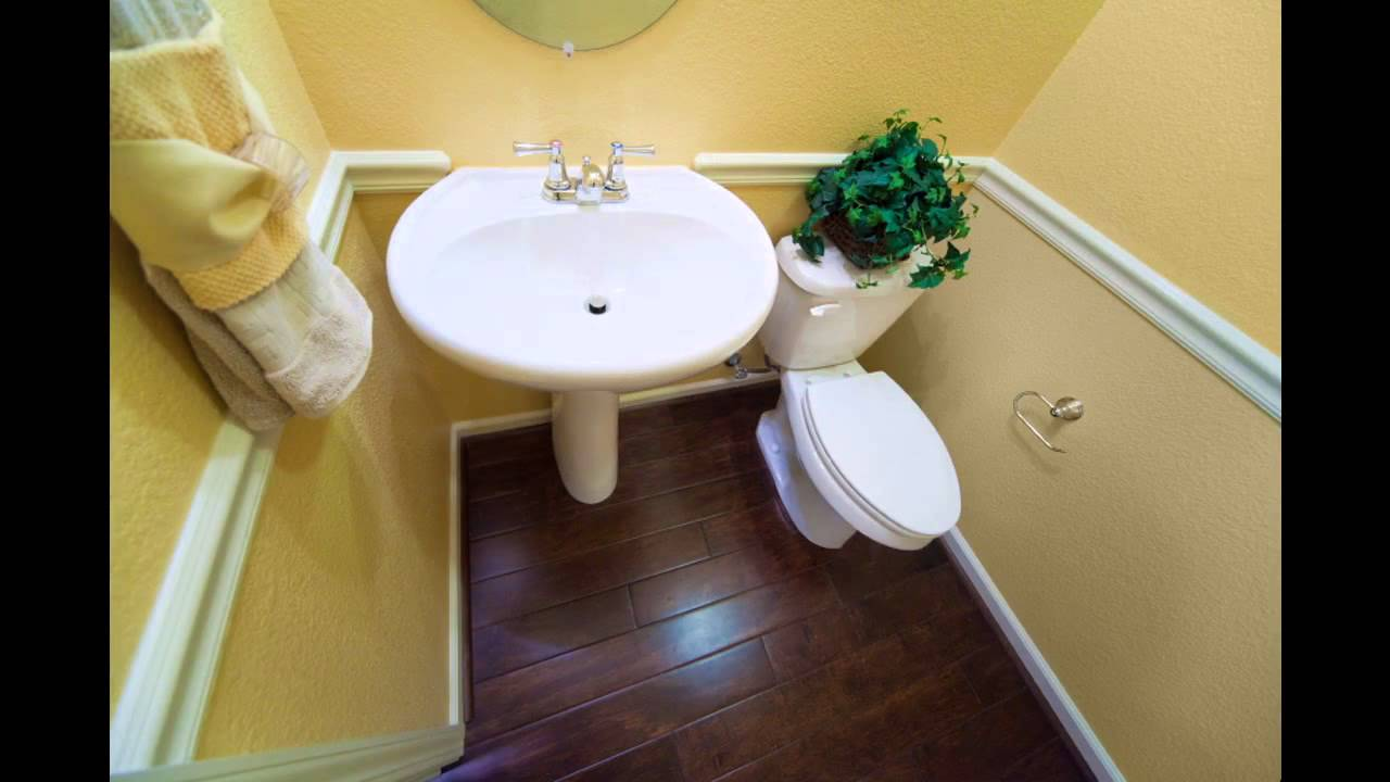 How to decorate a small half bathroom - Half Bath Decorating Ideas