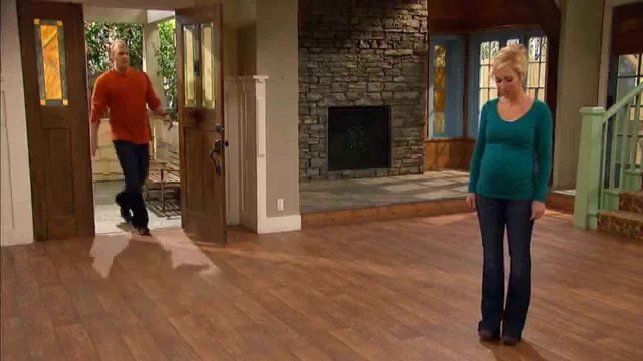 """Download Good Luck Charlie - """"Make Room for Baby"""" Clip"""