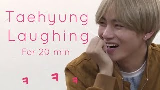 Download Video Taehyung laughing, giggling, smiling for 20 minutes - Part 1 MP3 3GP MP4