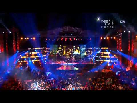 Iwan Fals - Medley Berkaca Jakarta - Konser Suara Untuk Negeri Jakarta