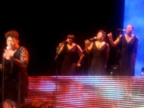 Anita Baker-Fairy Tales  Live @ Chicago Theatre 02/12/ 2011