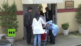 Personal de limpieza entra al consulado saudita tras la desaparición del periodista opositor