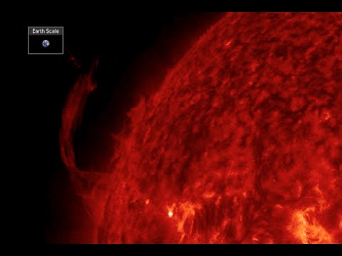 Filaments Erupt, Hawaii Alert | S0 News August 2, 2015
