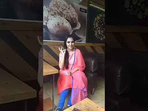 Entammede Jimikki Kammal at restaurant Song by Renjith Unni and Vineeth