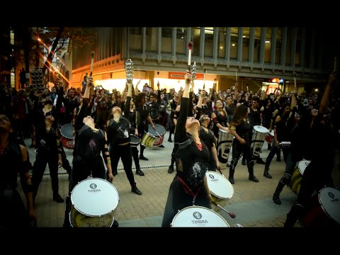 Con 70 tambores AAINJAA hace temblar a Bogotá - Maritza Ariza