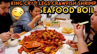 KING CRAB LEGS SEAFOOD BOIL + GIANT SHRIMP + DUNGENESS CRAB + CRAWFISH MUKBANG 먹방 EATING SHOW!