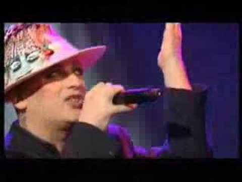 Boy George - Karma Chameleon (Live 12/06)