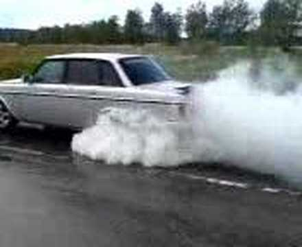volvo 244 turbo burnout