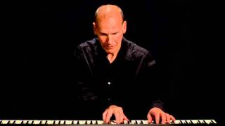 Russell Ferrante performing for The Music Path iPad app