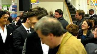 IL DIVO appears at INDIGO books and music to sign THE PROMISE CD in Toronto