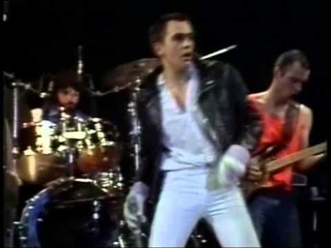 Peter Gabriel 1978 live Modern Love + The...