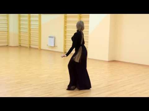 ქართული ცეკვა ლამაზი გოგოს შესრულებით / Qartuli Cekva Lamazi Gogos Shesrulebit