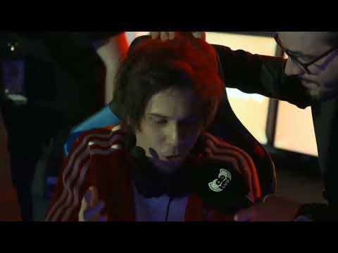 RUBIUS le tira INDIRECTA a WindyGirkTV en el TORNEO #YTBattleRoyale sobre el PAGO de Fortnite