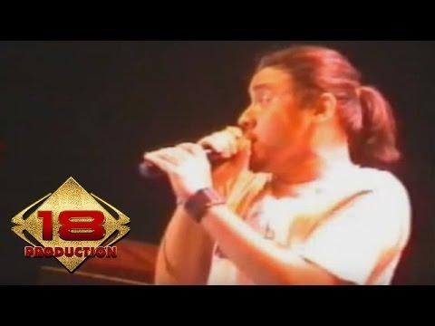 Ello - Pergi Untuk Kembali  (Live Konser Bandung 05 November 2005)