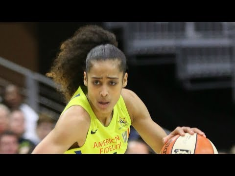 Skylar Diggins-Smith Goes For 25 points To Open The 2018 Season!