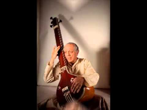Pandit Arun Dravid talks about Jaipur Gharana Gayaki. Part 2