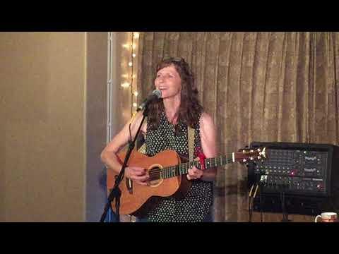 Tracy Grammer -