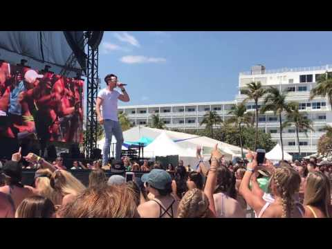 Russell Dickerson  Yours   Tortuga Music Festival 2017