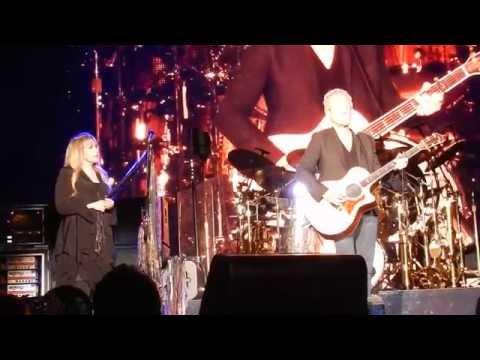LANDSLIDE Fleetwood Mac 4/6/15 Rabobank Arena, Bakersfield, CA