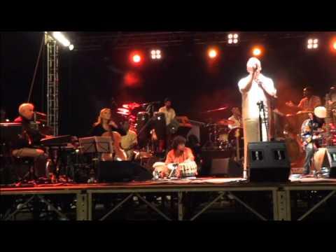 Orchestra di Piazza Vittorio - Tarareando (Live)