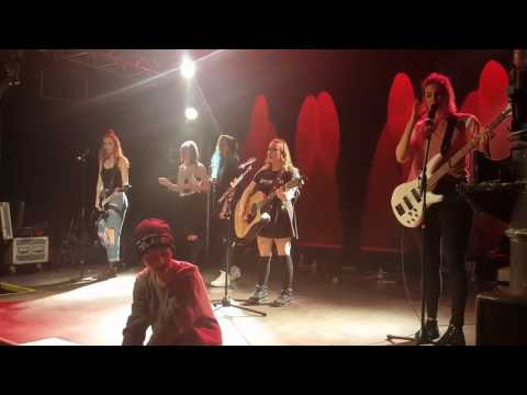 Cimorelli live in Hamburg - Never Let Me Fall