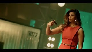Race 3 Official Trailer Launch पर दबंग Style में Daisy Shah की Entry