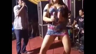 Download Video Goyang panas penyanyi dangdut seksi MP3 3GP MP4