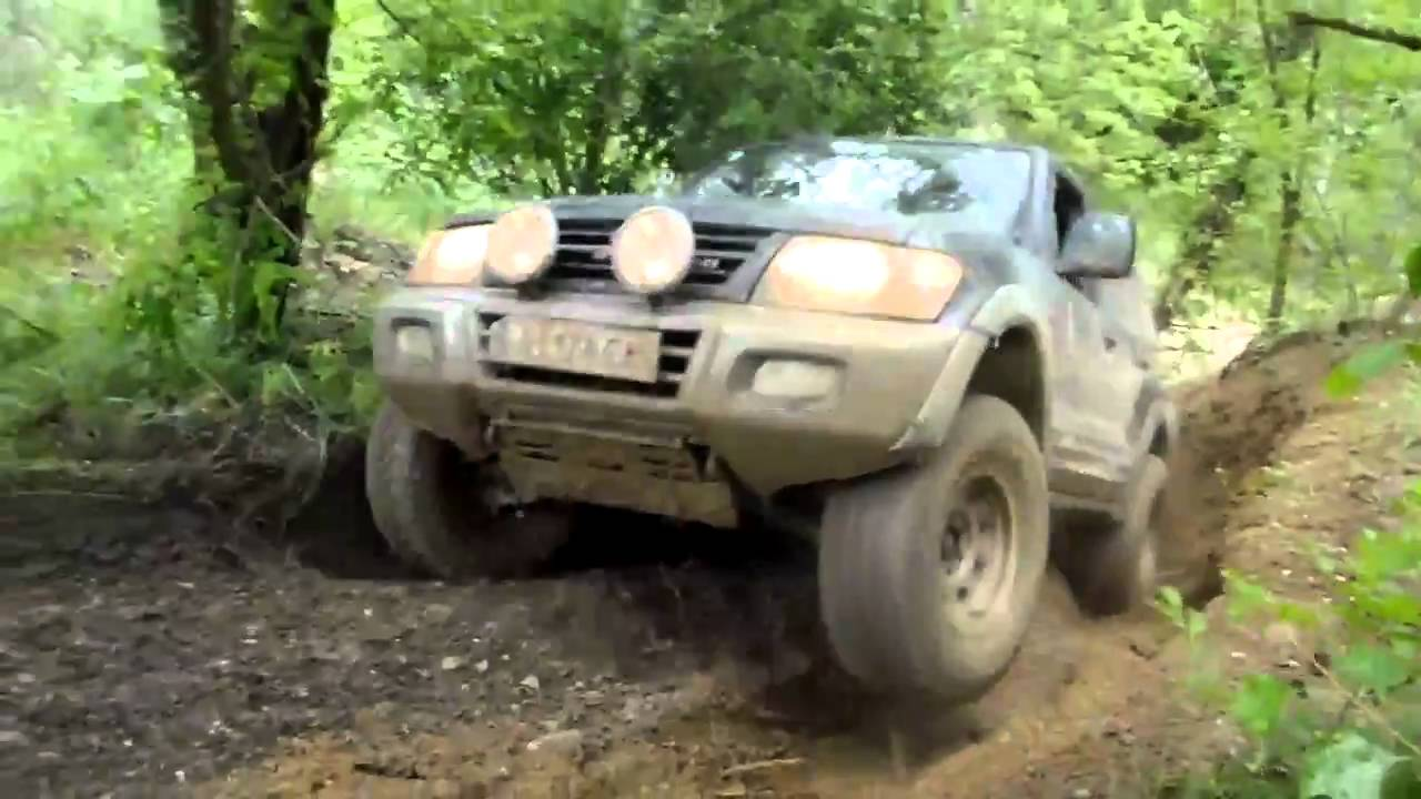 mitsubishi pajero 3 2 did hill climb youtube. Black Bedroom Furniture Sets. Home Design Ideas