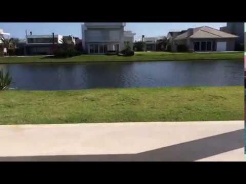Casa Beira Lago Condomínio Enseada Xangri-Lá