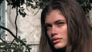 Le mannequin Valentina Sampaio, fière