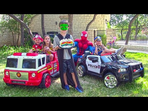 Little Heroes 9 - The Police Car, The Stealer, The Fire Engine and Spiderman thumbnail