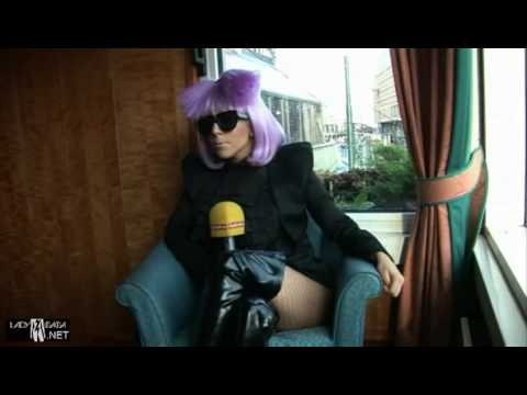 Lady Gaga loves the gays, but not this reporter